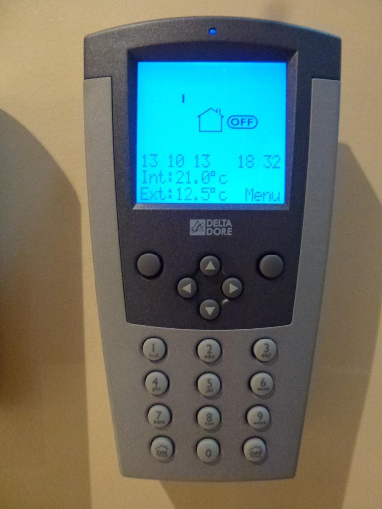 alarme intrusion sans fil cabl o lectricit g n rale en basse normandie. Black Bedroom Furniture Sets. Home Design Ideas