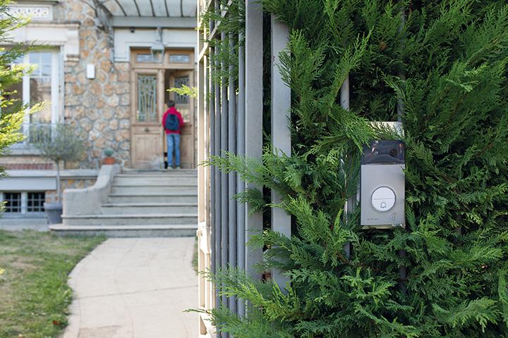 Interphone videophone - Electricien - entreprise générale d'électricité Caen-Deauville installée à IFS