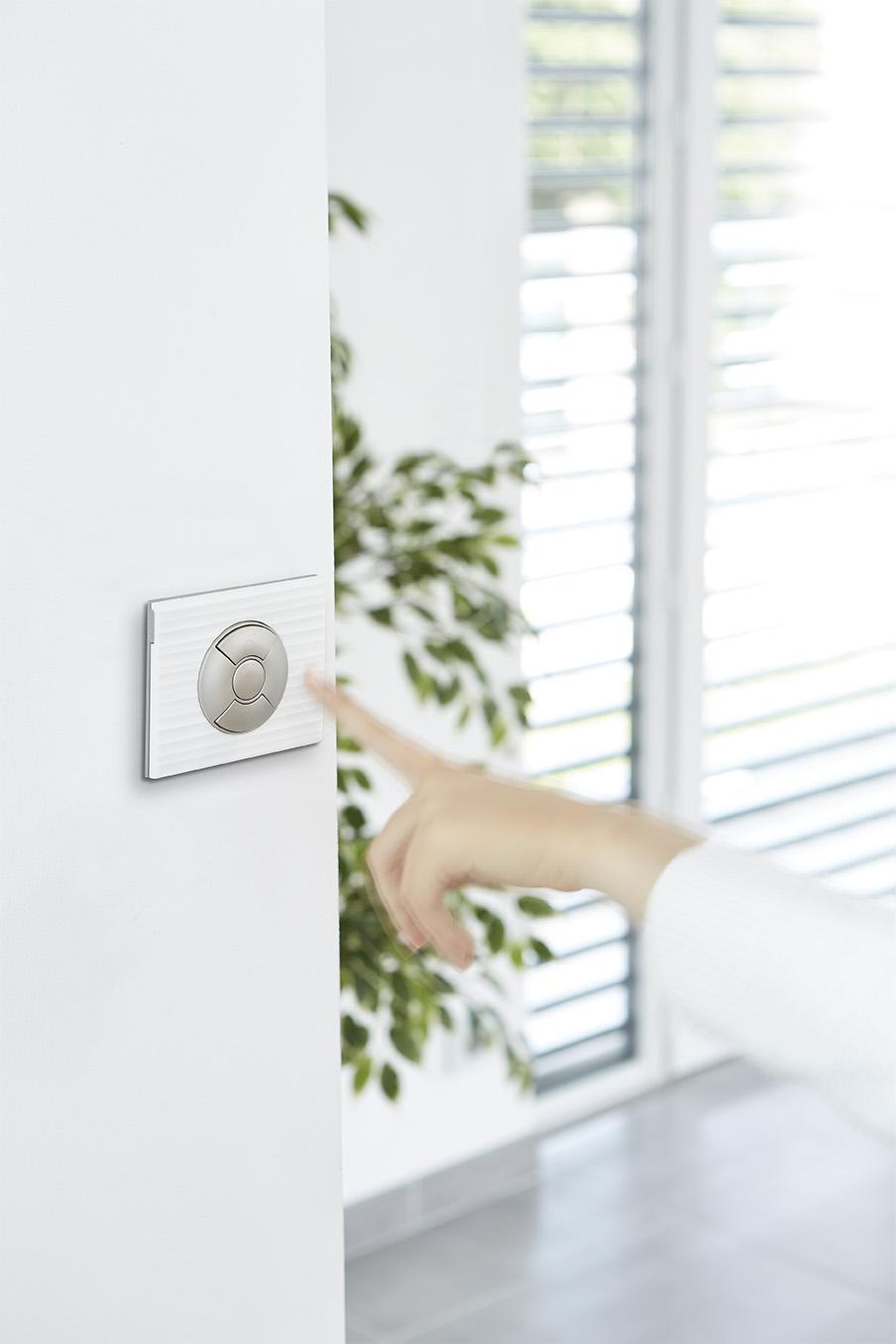 Interrupteurs et prises de courant design installés par votre électricien - entreprise générale d'électricité Cabléo Caen-Deauville installée à IFS