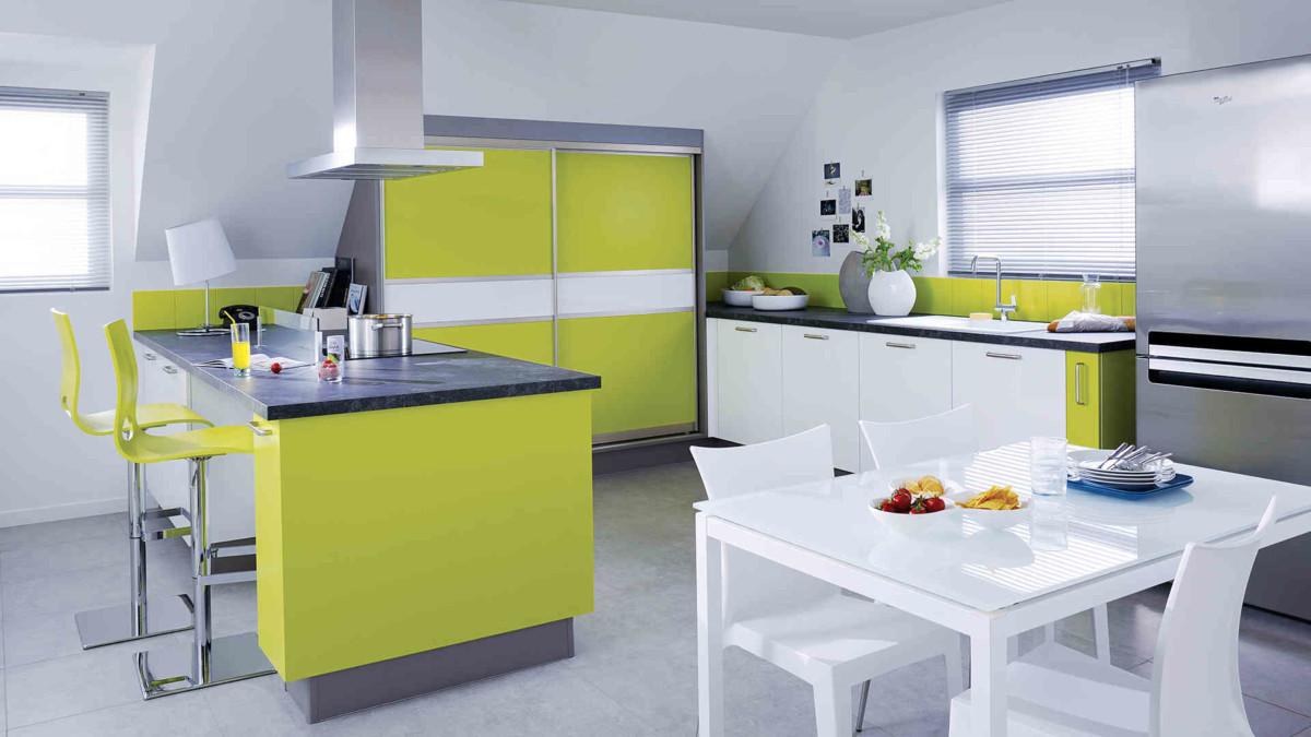 Mise aux normes électriques dans la cuisine par votre électricien - entreprise générale d'électricité Cabléo Caen-Deauville installée à IFS