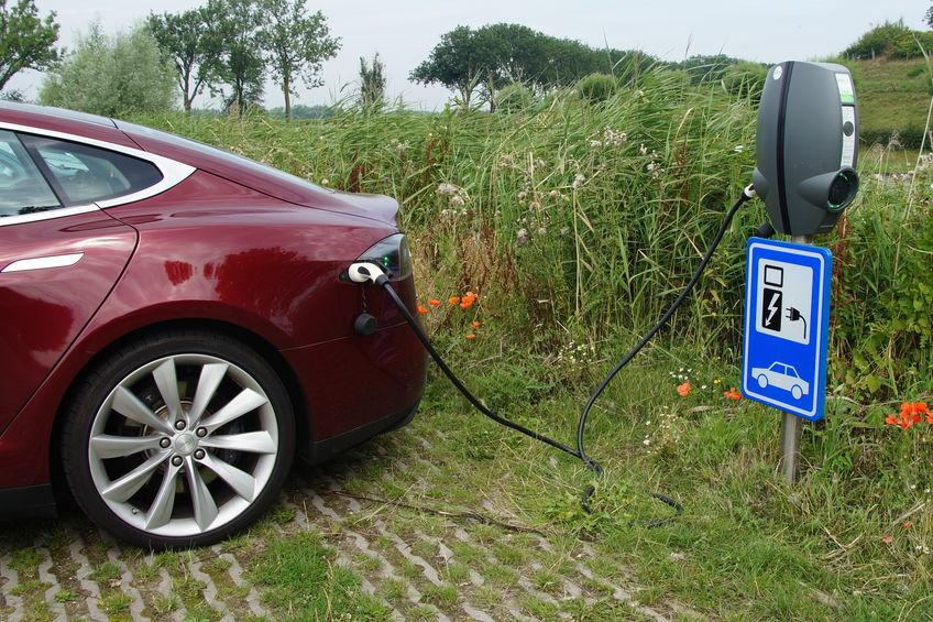 Borne de recharge véhicule électrique Tesla